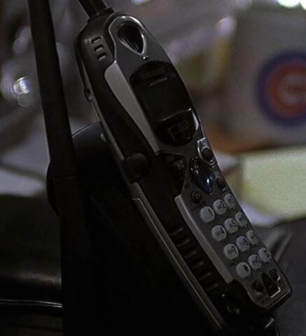 File:1x14 Tony phone.jpg