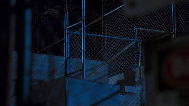 File:6x22 Cheng escape1.jpg