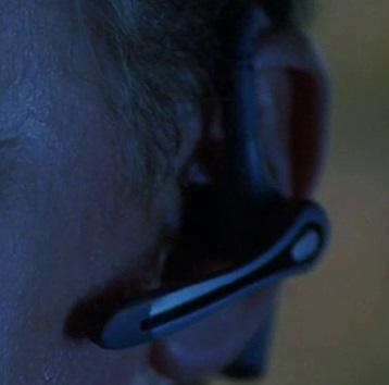 File:5x02 Nathanson headset.jpg