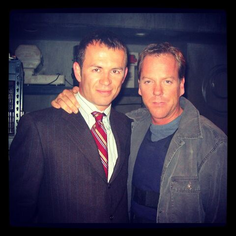 File:24 Ellis and Kiefer on-set of Day 3.jpg