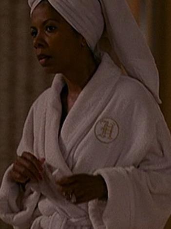 File:Bathrobe.jpg