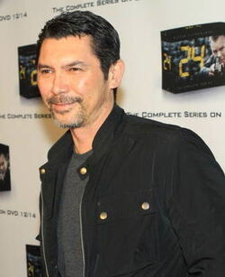 24- Lou Diamond Phillips at 2010 marathon event