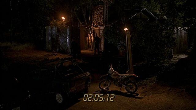 File:1x03 Gaines shack.jpg