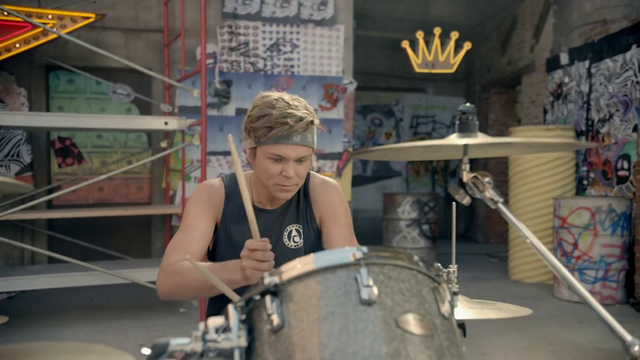 File:5 Seconds of Summer - She Looks So Perfect - 5 Seconds of Summer Wiki (51).png