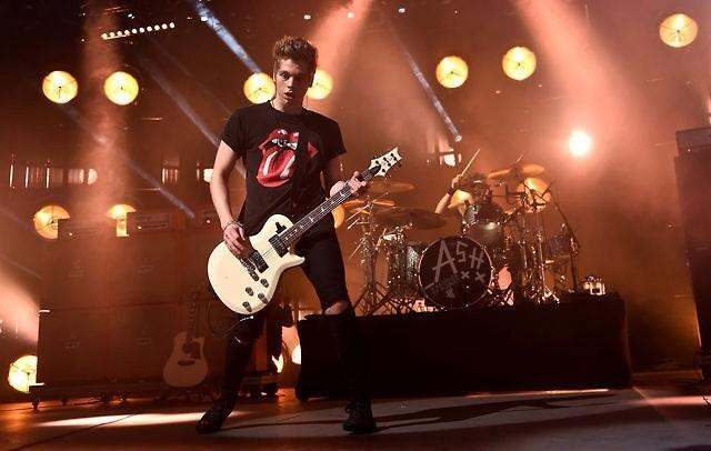 File:Itunes music festival 2014 5 seconds of summer (69).jpg