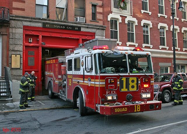 File:2011 0206 NYC 2592 Squad 18.jpg