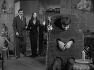15.The.Addams.Family.Meets.a.Beatnik 039