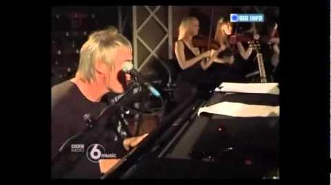 Paul Weller & Adele - You Do Something To Me - Live