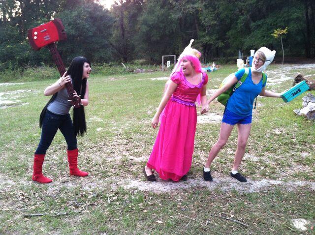 File:Attacking cosplay.jpeg