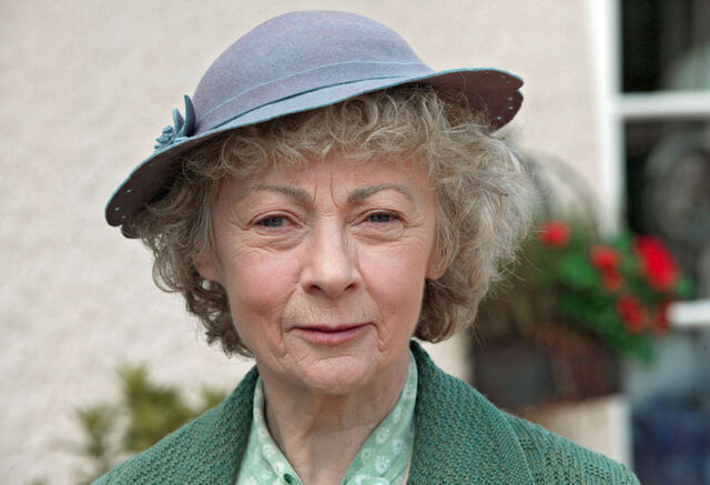 File:Miss-Marple-miss-marple-23639638-800-546.jpg