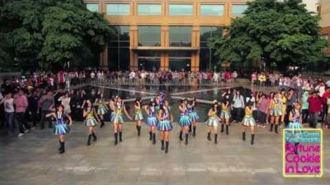 "JKT48 & Fans - ""Fortune Cookie in Love - Fortune Cookie Yang Mencinta"""