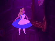 Alice-in-wonderland-disneyscreencaps.com-579
