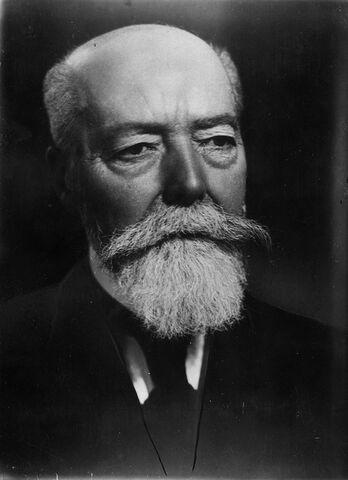 File:100 ans de barbe paul doumer.jpg