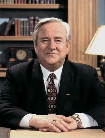 File:Jerry Falwell portrait.jpg