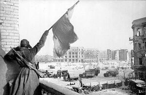Bundesarchiv Bild 183-W0506-316, Russland, Kampf um Stalingrad, Siegesflagge