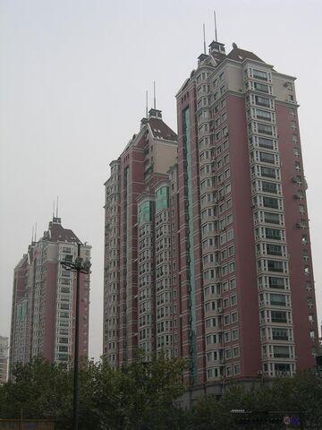 File:YUE Hangzhou Apartments 01.JPG