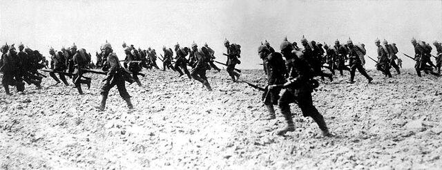 File:800px-German infantry 1914 HD-SN-99-02296.jpeg