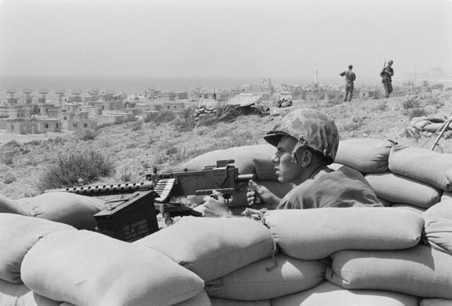 File:800px-Foxhole - Lebanon - Beirut - July 1958.jpg