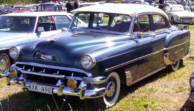 File:1954 Chevrolet 2103 4-Door Sedan.jpg