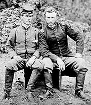 Union-confederate soldiers-1-