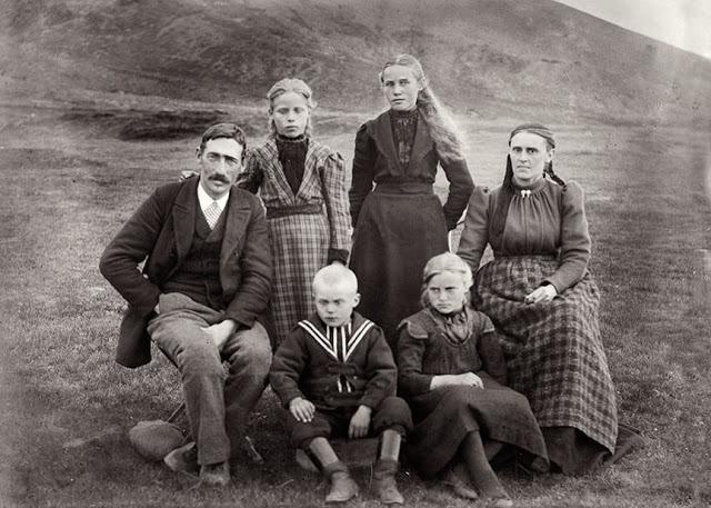 File:Vin Family (The Kalmar Union).png