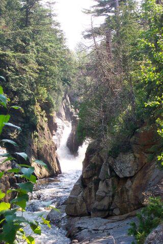 File:Keene waterfall.jpg