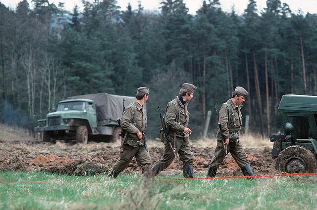 File:800px-German border troops.jpeg