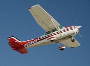 300px-Cessna172-CatalinaTakeOff