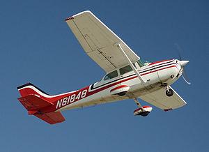 File:300px-Cessna172-CatalinaTakeOff.jpg