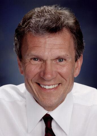 File:Tom Daschle, official Senate photo.jpg