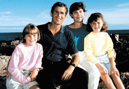 File:President McCain Bush with Family.PNG