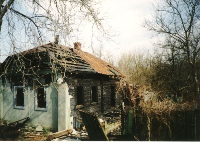 File:Abandoned-house.jpg