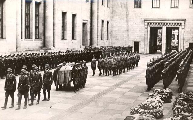 File:Hitler funeral.jpg