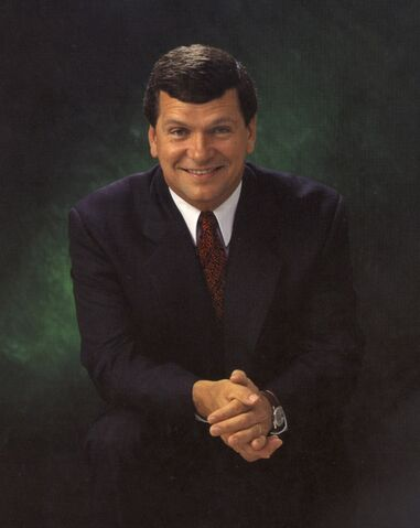 File:Photo Frank McKenna.jpg