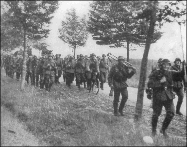 File:Fall Grun German Infantry March.PNG