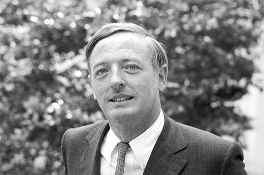File:William-buckley.jpg