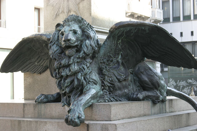 File:Venice - Lion in the Campo Manin 03.jpg