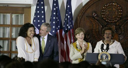 File:President George W Bush congratulates singer Jordin Sparks.jpg
