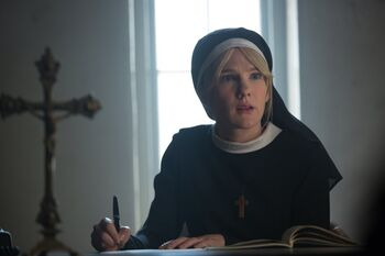 Mary eunice american horror story actress dating. viva la bam dating don vito.