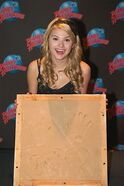 Normal Stefanie Scott-Planet-Hollywood3