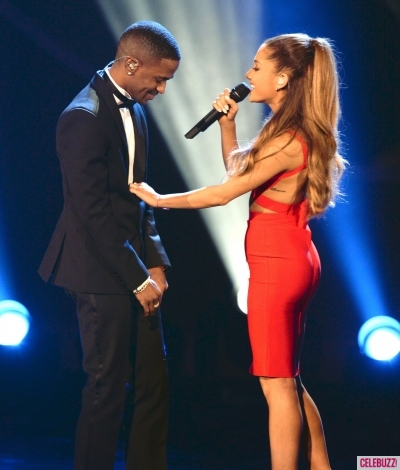 File:Ariana-grande-big-sean-christmas-grammy-1-400x470.jpg
