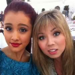 File:Ariana and Jennette.png