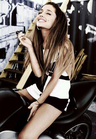 File:Ariana-grande-color-laughing-motorcycle-lollipop.jpg