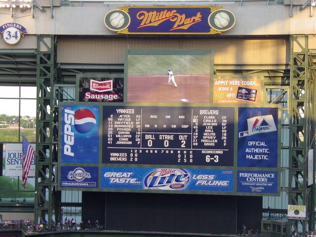 File:Milwaukee Brewers-1199122163-511.jpg