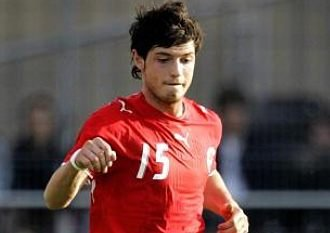File:Player profile Blerim Dzemaili.jpg
