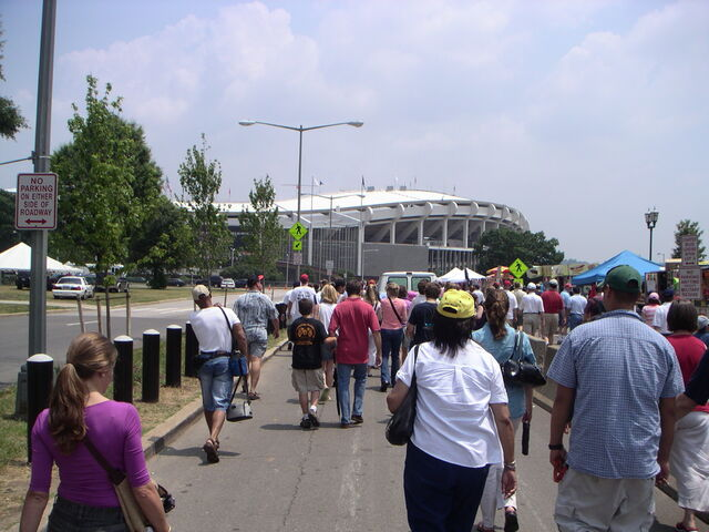 File:RFK Stadium-1195683178-357.jpg