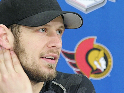 File:1189474832 Spezza newsconference.jpg