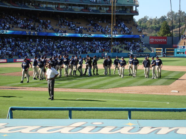 File:Dodger Stadium-1195663758-242.jpg