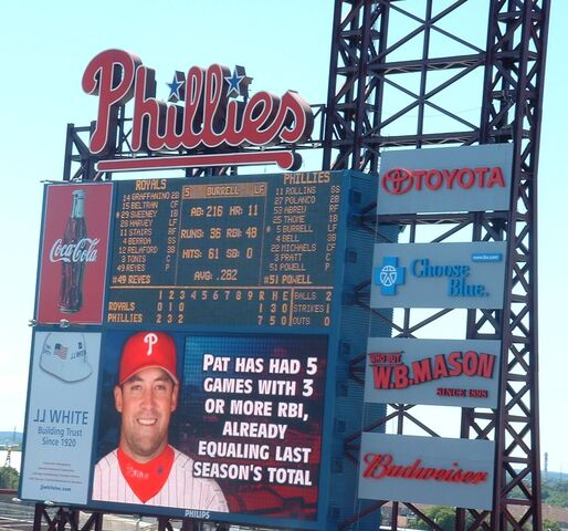 File:Citizens Bank Park-1195661732-202.jpg