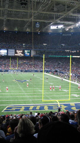 File:St. Louis Rams-1195770659-906.jpg